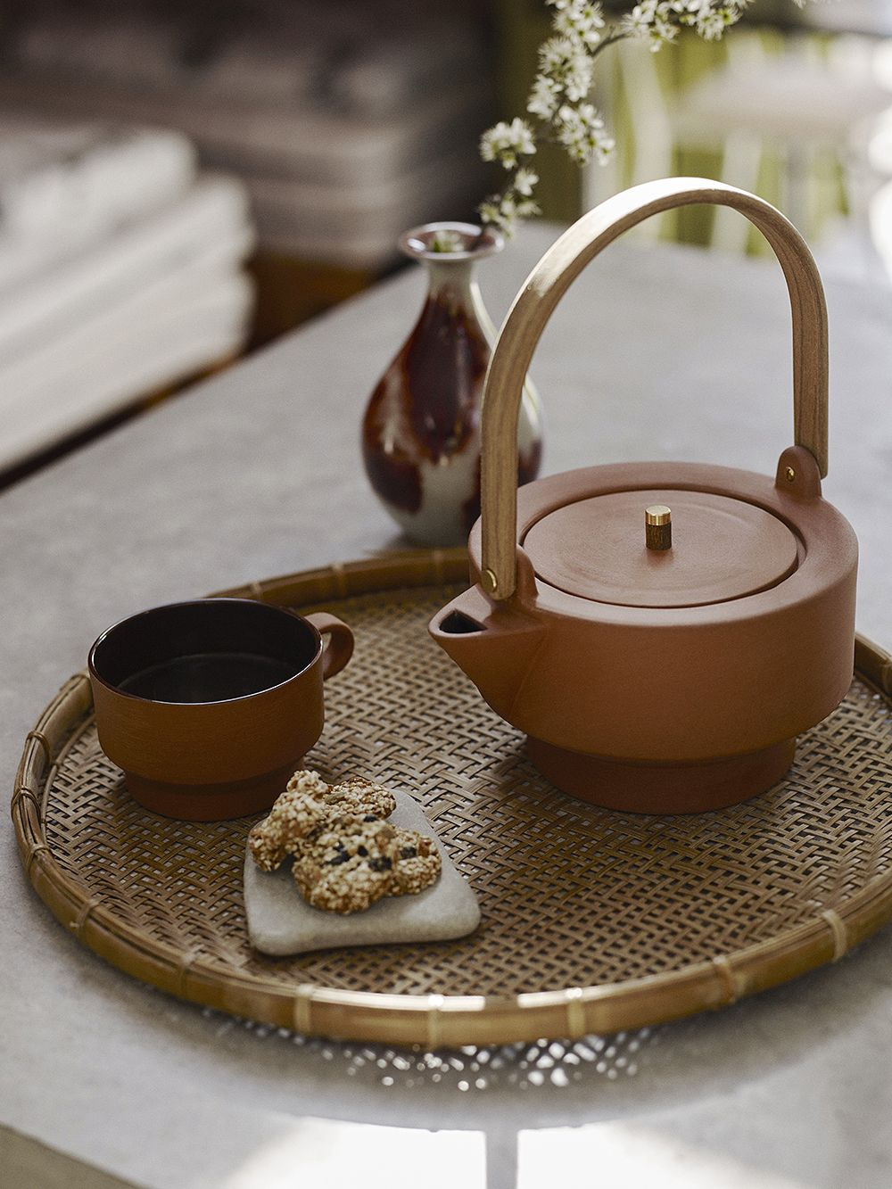 Skagerak Edge teapot and cup