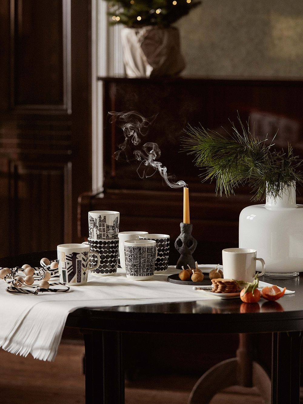 Marimekko Oiva tableware collection