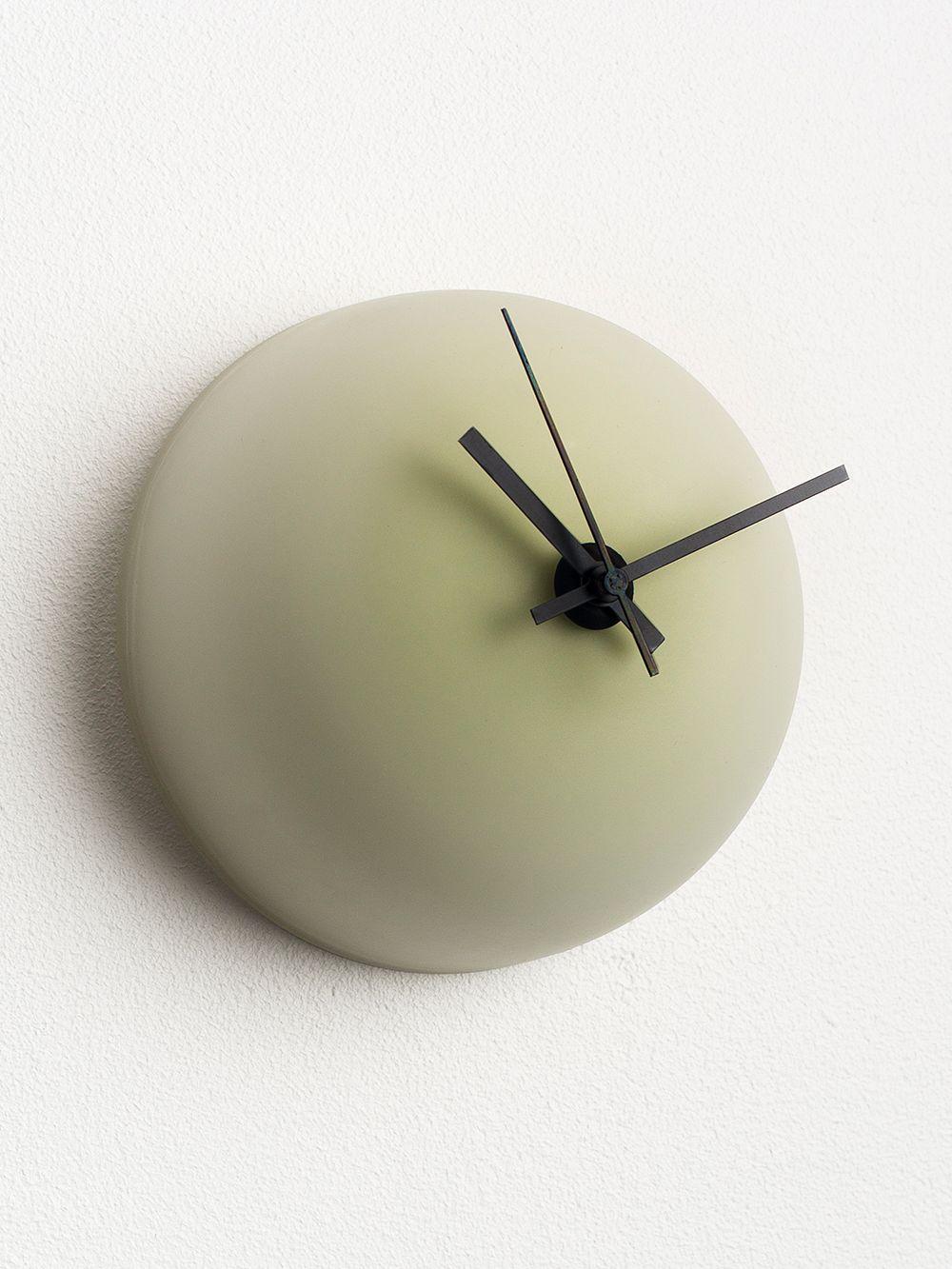 Katriina Nuutinen Alva clock
