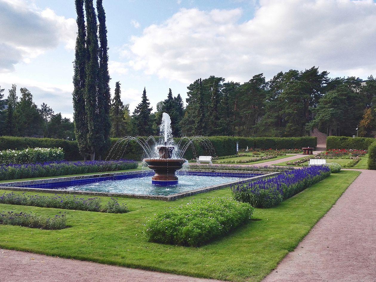 Kultaranta gardens in Naantali, Finland