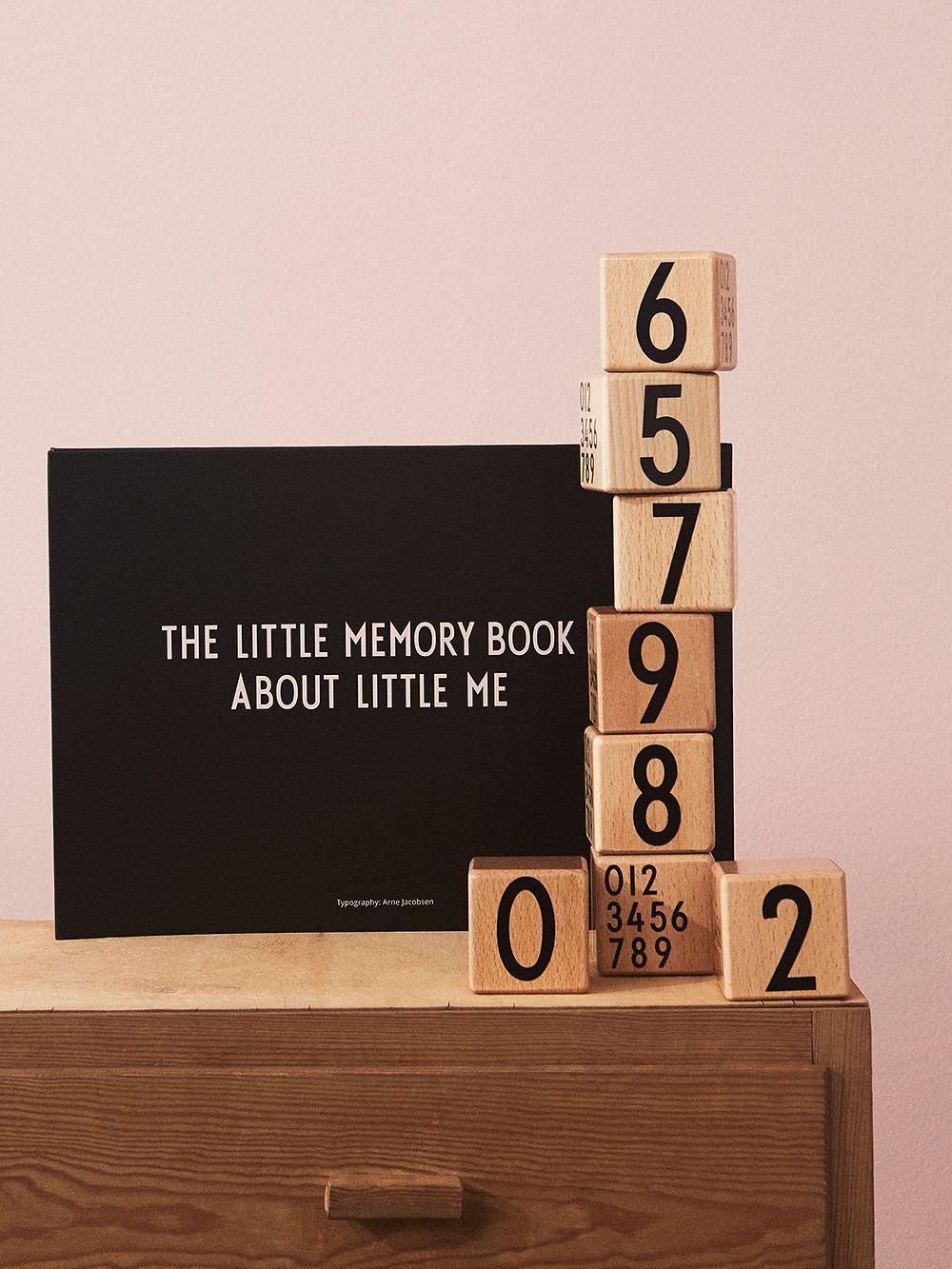 Design Letters AJ Wooden cubes