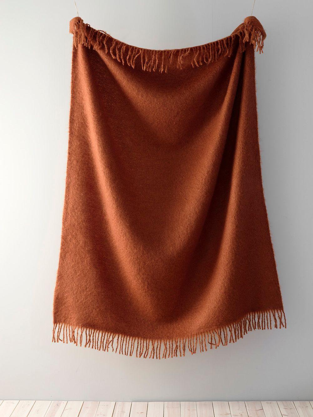Lapuan Kankurit Saaga Uni mohair blanket, cinnamon