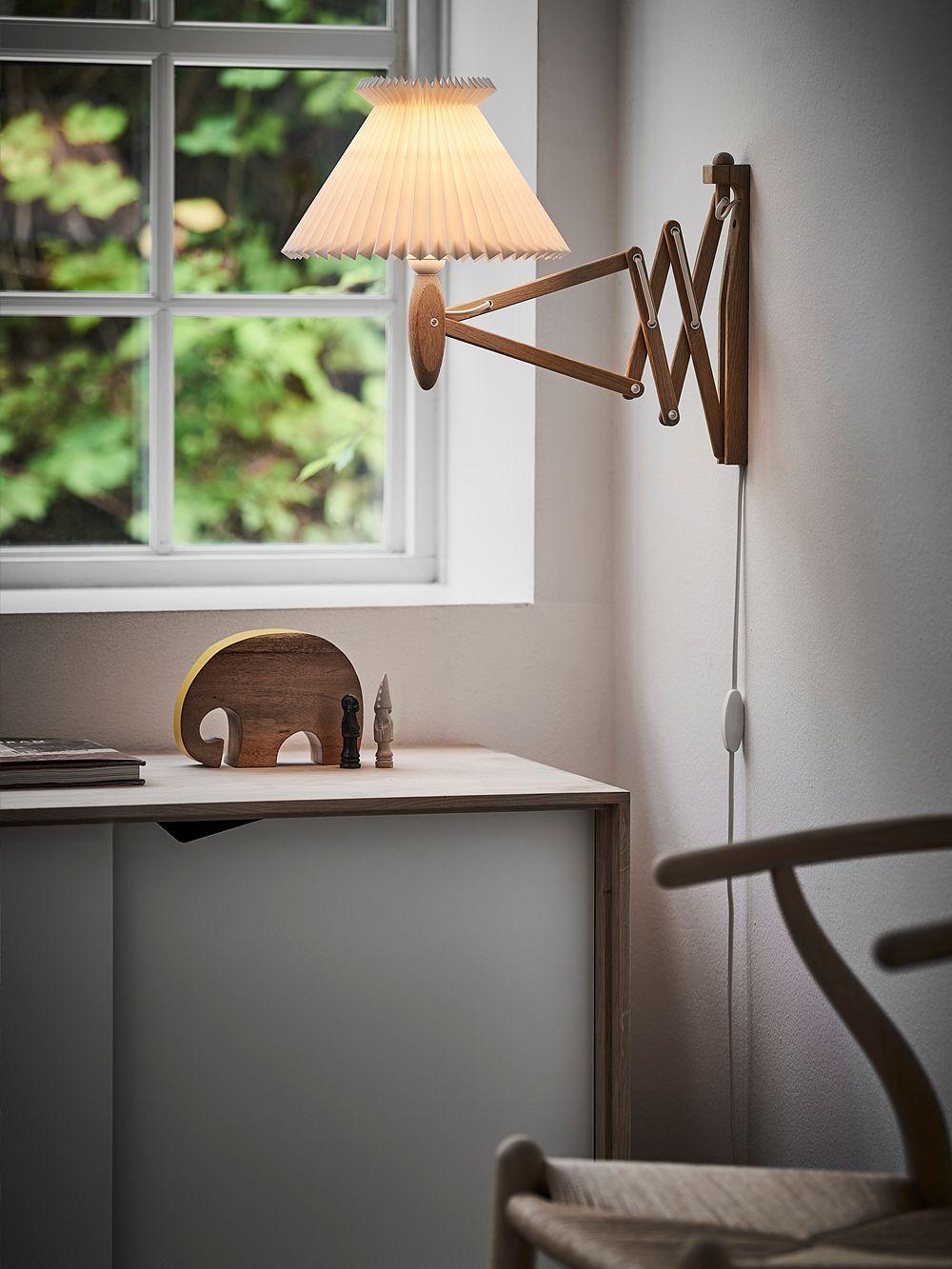 Le Klint Saxe wall lamp