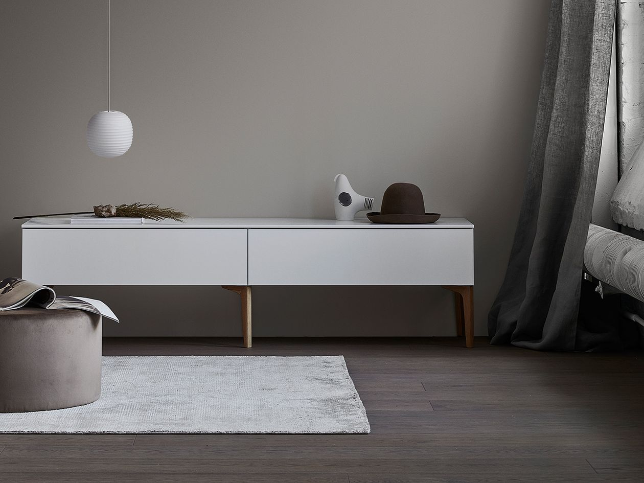 Lundia's Fuuga TV table