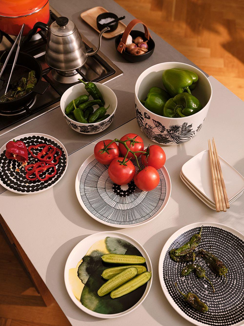 Marimekko Oiva tableware