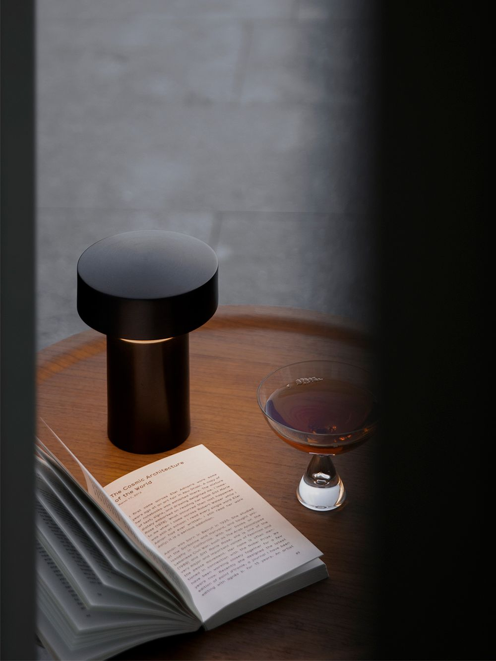 Menu's Column table lamp on a table.