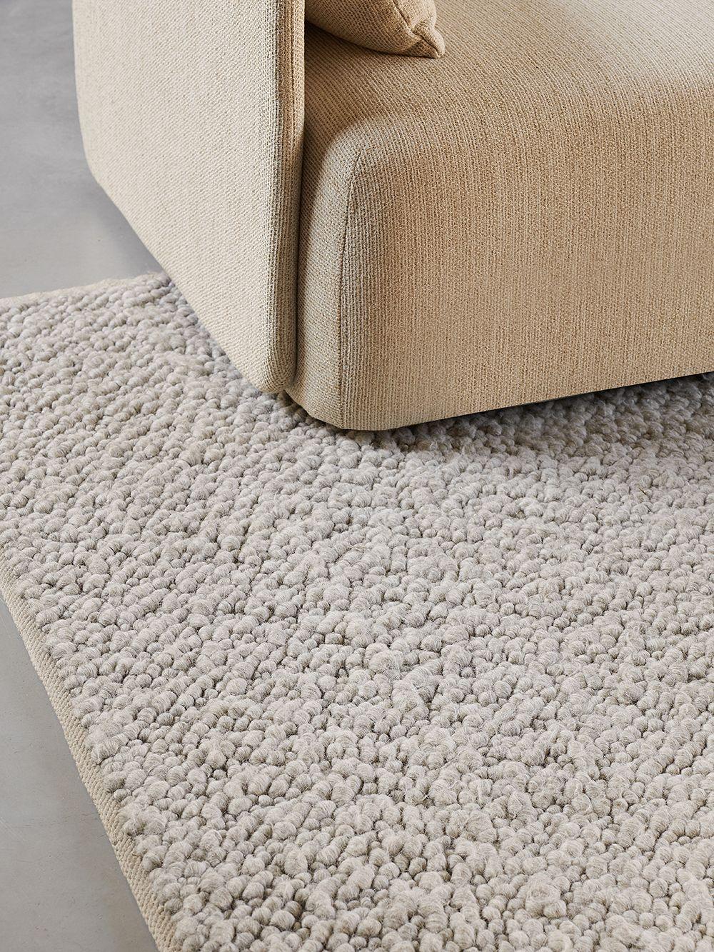 Menu Gravel rug, 170 x 200 cm, ivory