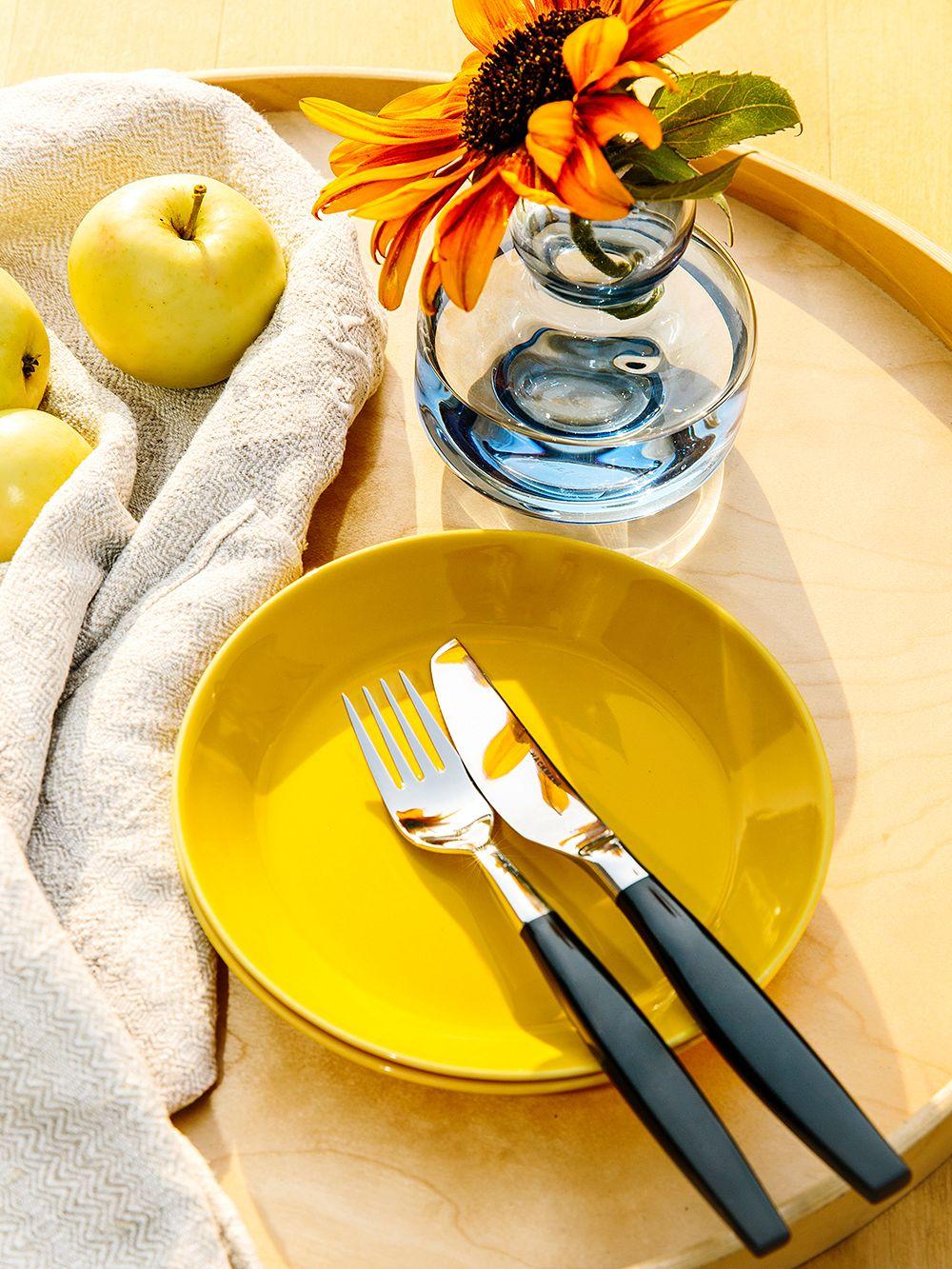 IIttala's Teema plate in honey yellow