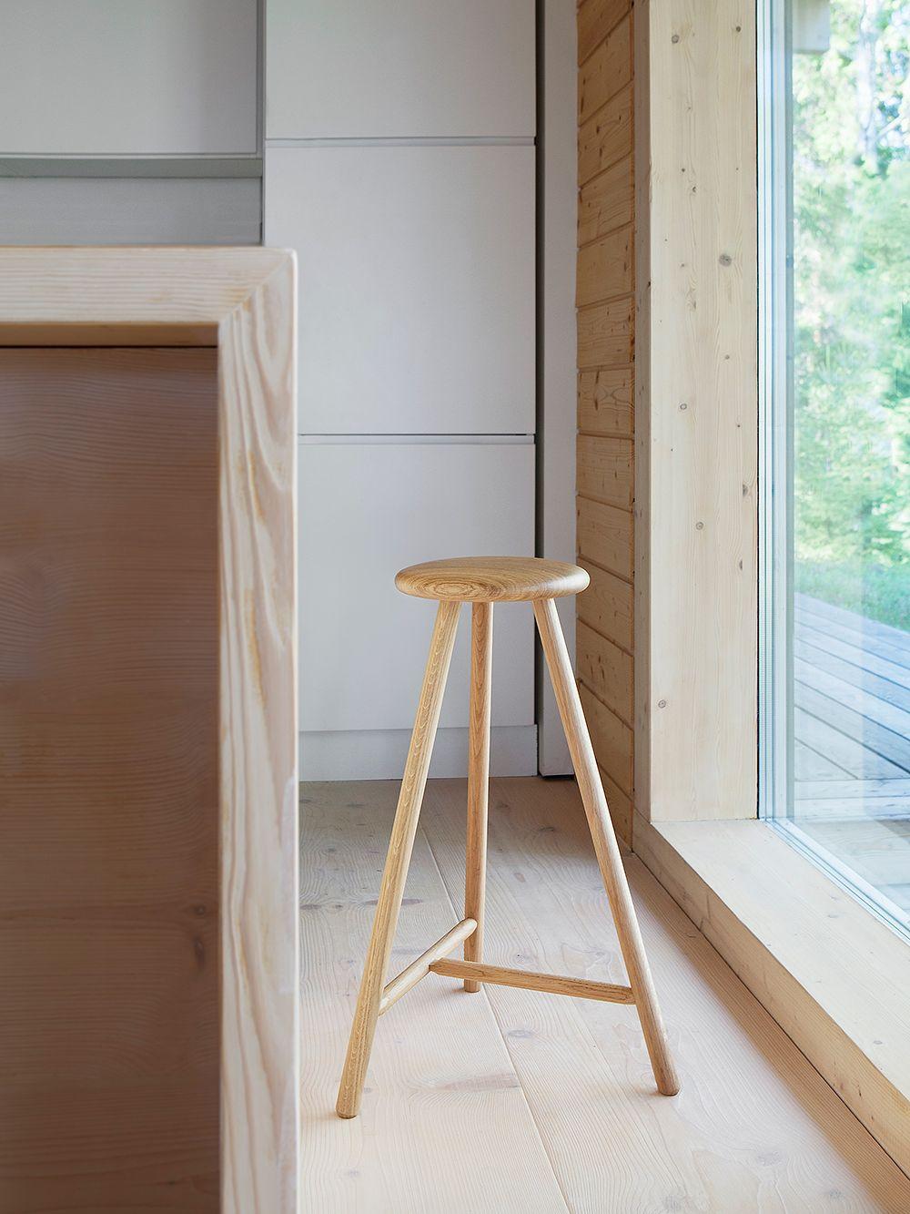 Nikari's Perch stool in oak
