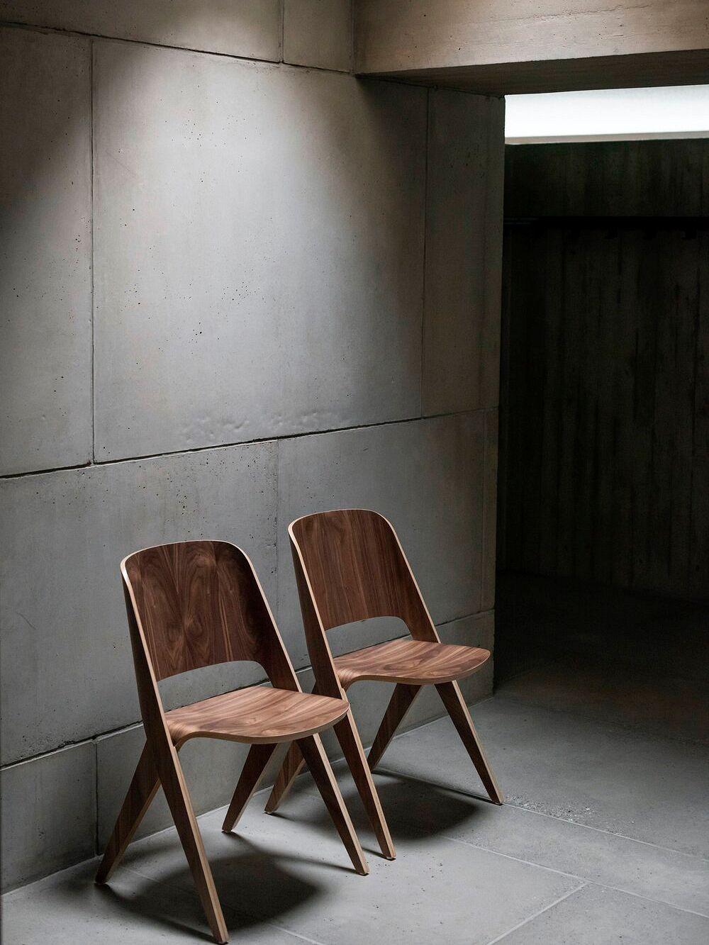 Poiat Lavitta chairs in walnut veneer
