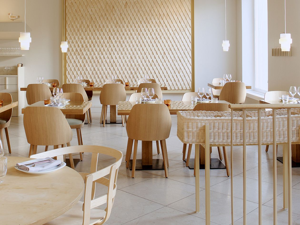 In Restaurant Espa Every Table Is A Window Table Design Stories