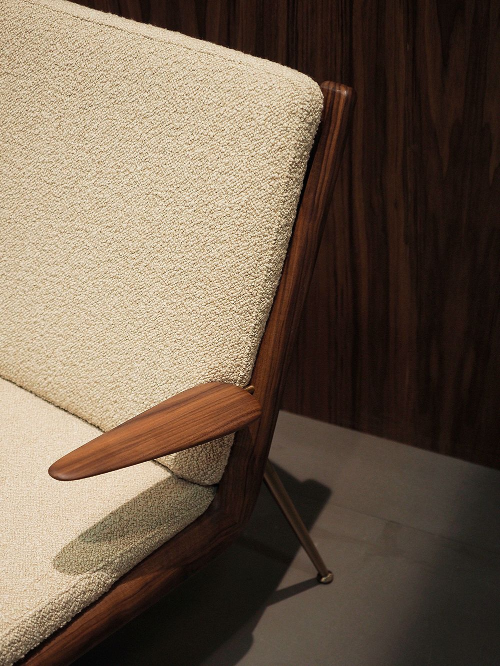 &Tradition Boomerang chair