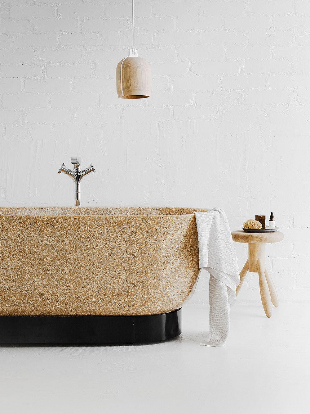 Woodio Flow bathtub
