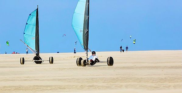 Buggykiting bij Port Zélande