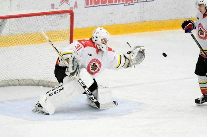 Conrad Mölder on torjunut tämän kauden Kunlun Red Starin juniorijoukkueen ykkösvahtina.