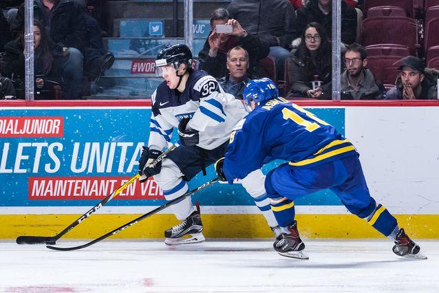 Aapeli Räsänen oli Suomen joukkueen paras pelaaja. Kuva: Emil Hansson