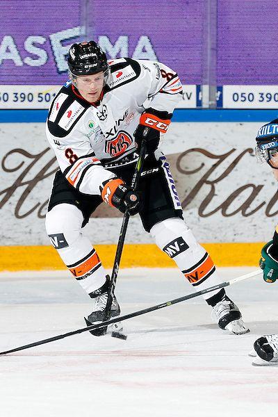 Mikko Lehtonen ehti pelata HPK:ssa yhteensä 33 ottelua. Kuva: Jukka Rautio / Europhoto