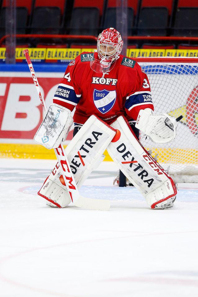 Ville Husso pelasi koko junioriuransa HIFK:n punaisissa. Kuva: Jukka Rautio / Europhoto