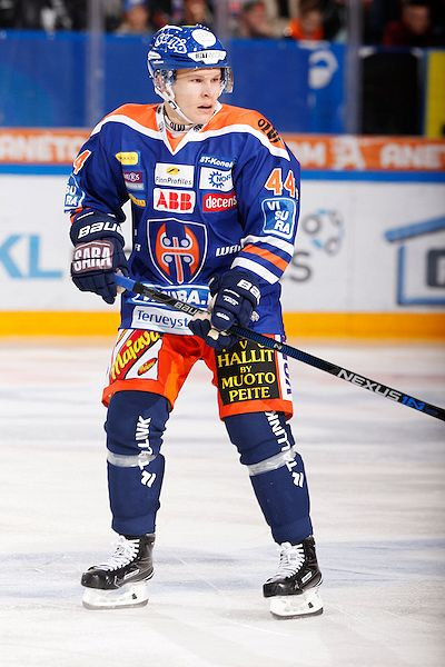 Jan-Mikael Järvinen oli välieräsarjan ratkaisseessa ottelussa Tapparan avainpelaaja. Kuva: Jukka Rautio / Europhoto