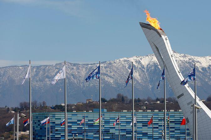 Vuonna 2014 olympiatuli loimusi Venäjällä talviolympialaisten merkeissä. 2018 koko maan osallistuminen kisoihin on vaakalaudalla. Kuva: Jukka Rautio / Europhoto