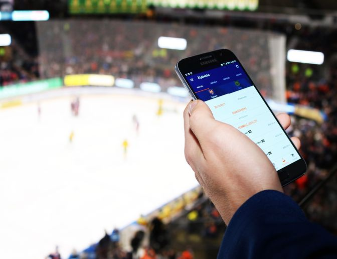 Tapparan uusi applikaatio tuo jääkiekon ystäville ennennäkemättömiä ominaisuuksia. Kuva: Heidi Kormano / Bitwise Oy
