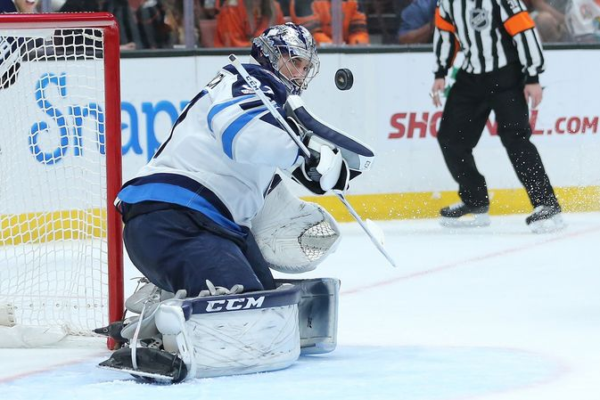 Connor Hellebuyck.
