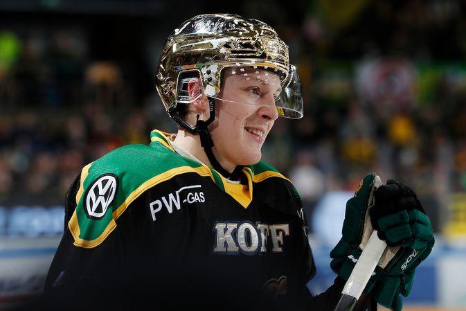 Ville Meskanen ehti kantaa kauden aikana myös kultaista kypärää. Kuva: Jukka Rautio / Europhoto