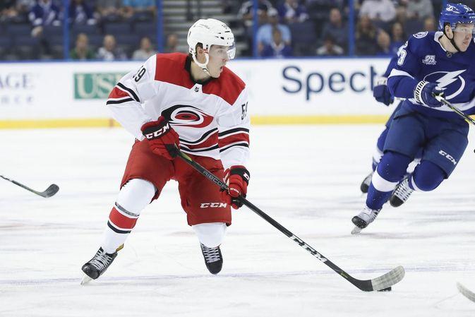 Janne Kuokkanen teki NHL-debyyttinsä tänä syksynä. Kuva: AOP / Mark LoMoglio