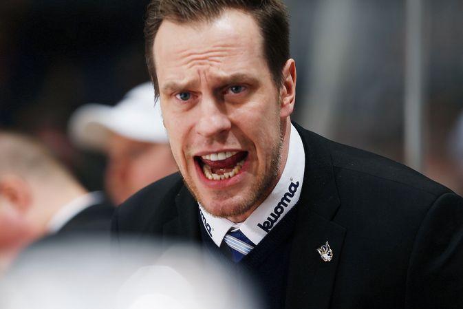 Ville Nieminen opasti suojattejaan ensimmäistä kertaa pääkäskijänä liigatasolla. Kuva: Jukka Rautio / Europhoto