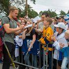 Mikko Rantasella on aina aikaa faneille. Kuva: Elmeri Elo
