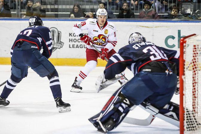 Jakub Stepanek torjui Slovanin maalilla vajaan kauden verran. Kuva: Pekka Rautiainen