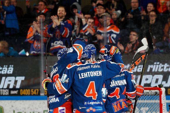 Tappara juhli jo kymmenettä peräkkäistä voittoaan. Kuva: Jukka Rautio / Europhoto