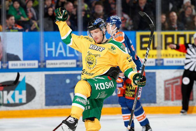 Eemeli Suomi sai tuulettaa tällä kaudella maalia useasti. Kuva: Jukka Rautio / Europhoto