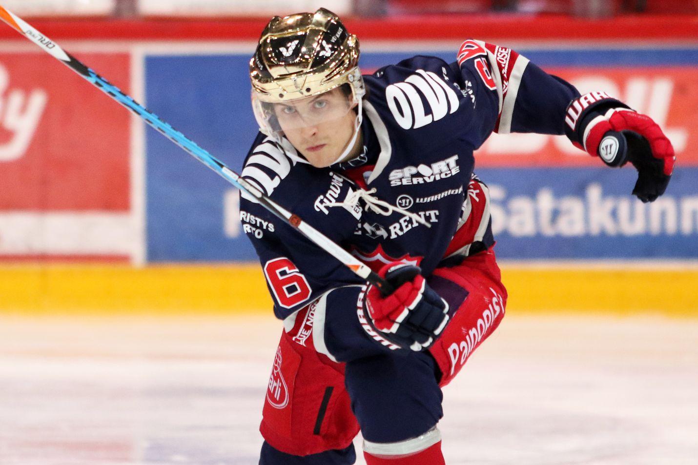 Kalle Valtola voitti päättyneen runkosarjan puolustajien pistepörssin. Kuva: Jaakko Stenroos / All Over Press
