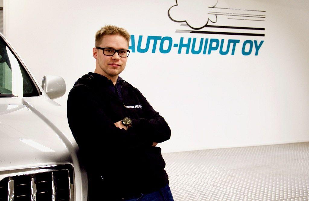 Företagare Aleksi Mäkelä förnyar bilhandeln