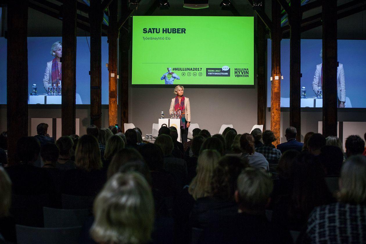 Satu Huber Hulluna hyvinvointiin 2017 -seminaarissa