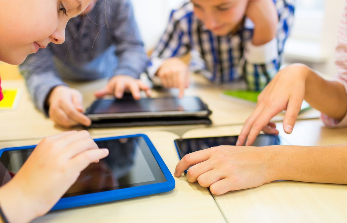 Digitaalinen oppiminen muuttaa koululaisen päivän
