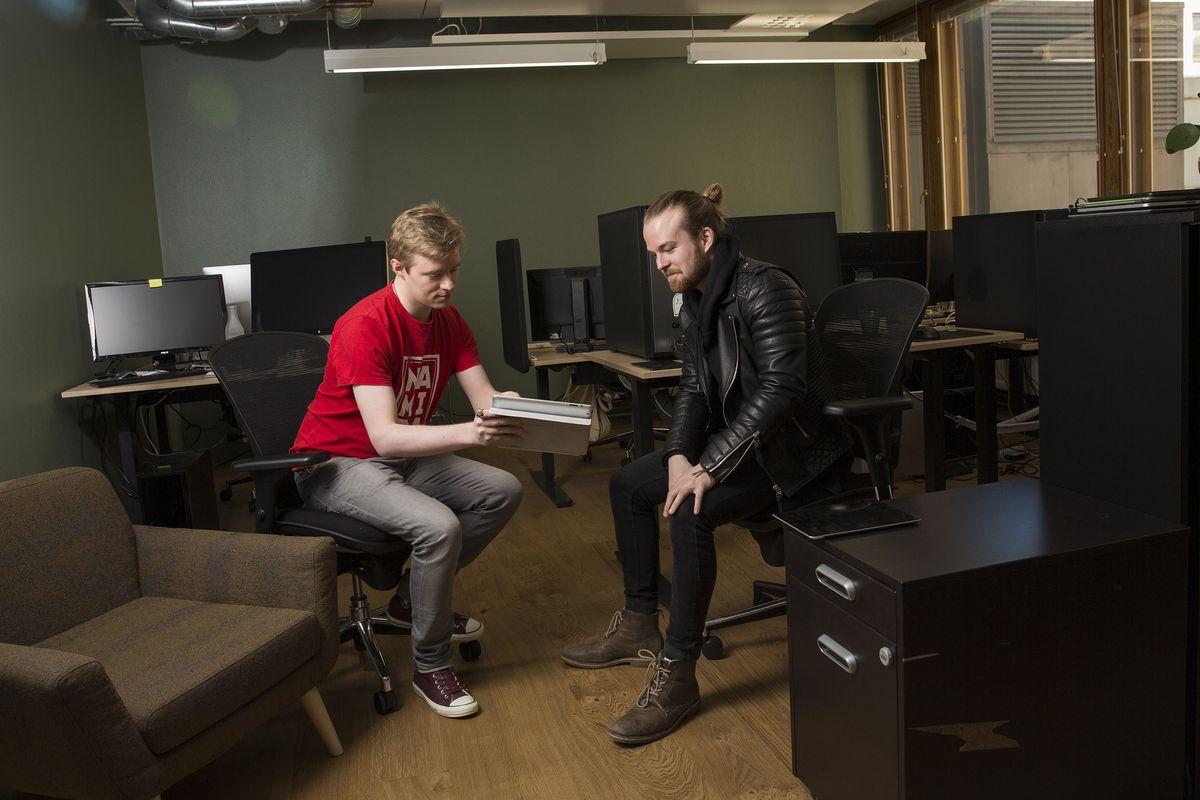 Alun perin Oulusta kotoisin olevalla peliyritys Namidalla on toimipisteet Oulussa, Tampereella ja Helsingissä MOWssa.