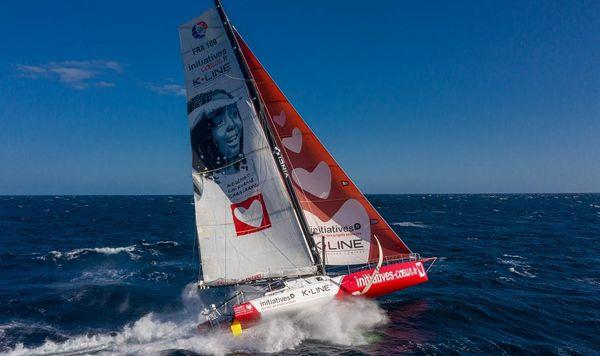 Initiatives-coeur et Sam Davies renouvellent l'aventure jusqu'au Vendée Globe 2024… avec un nouveau bateau