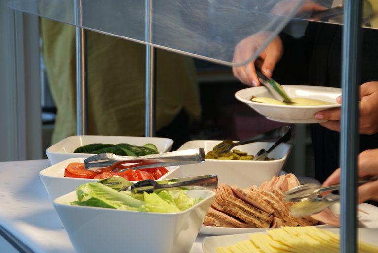 Aamupalapöytä Ravintola Savilassa