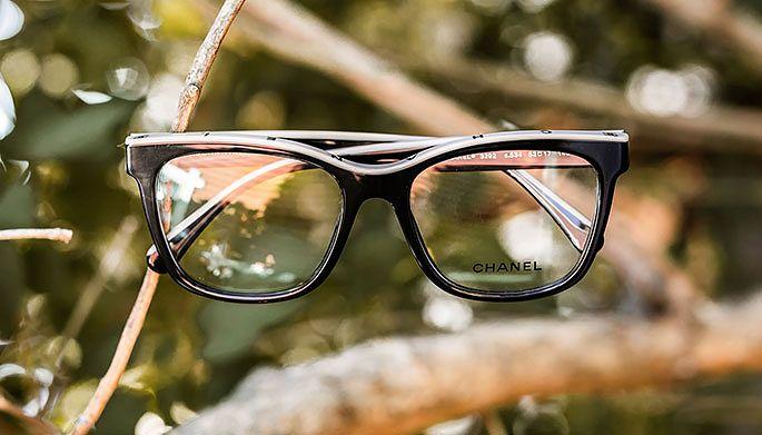 Chanelin kehyksiä myy Silmäoptikot Palmu