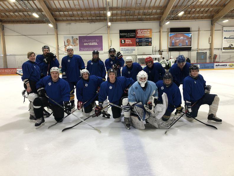 Logistikas Oy:n jääkiekkojoukkue