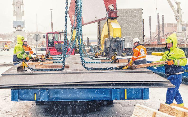 Logistikas Hankinta Oy vastasi laivaprojektin teräslogistiikasta tilauksesta toimitukseen.