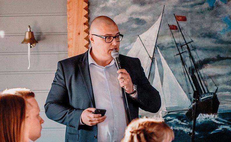 Logistikas Oy:n toimitusjohtaja Toni Brigatti.