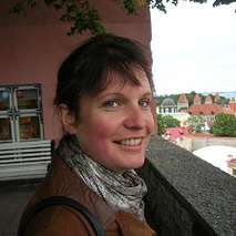 Suzie Thomas