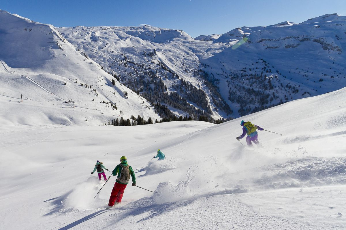 Skier aux Carroz d'Arâches