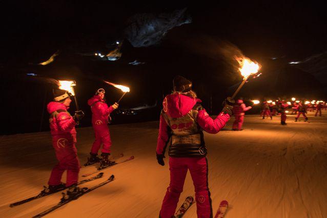 Une descente aux flambeaux à Val Thorens