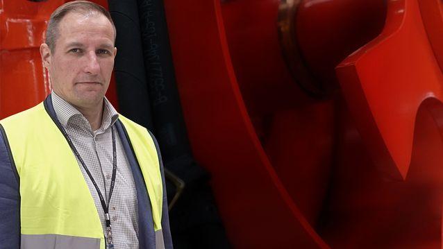 Tampereen Sandvikin tehtaan paikallisjohtaja Petri Liljaranta