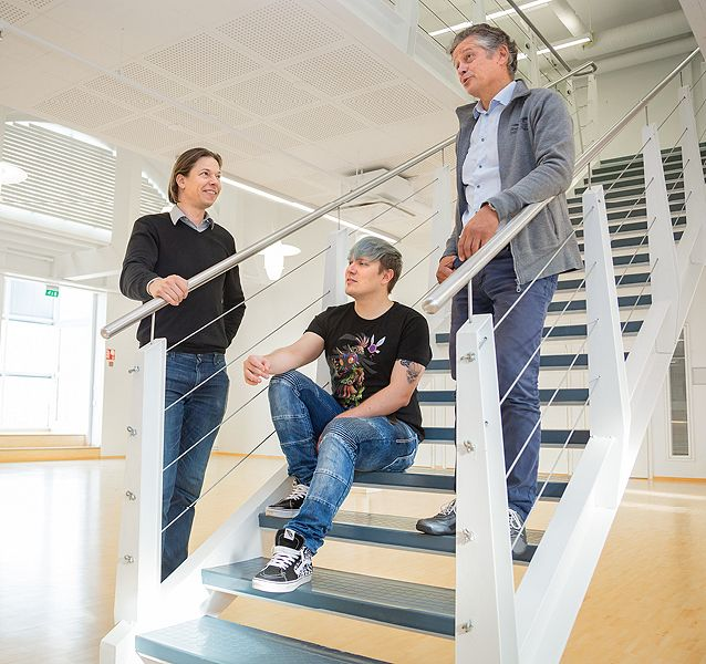 Startup Tampereen Tommi Uitti (vas.) ja Tapio Siik (oik.) odottavat Platform 6 startup-keskukseen toimijoita monipuolisesti eri aloilta. Dreamloop Gamesin toimitusjohtaja Joni Lappalainen (kesk.) näkee keskuksen isona askeleena Tampereen ICT-alalle.