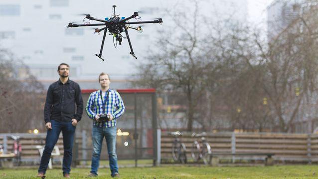 TAMKin koordinoimassa DRONE-osaaja -hankkeessa on partnerina TTY, jonka rooli painottuu drone-tutkimustiedon tuottamiseen.